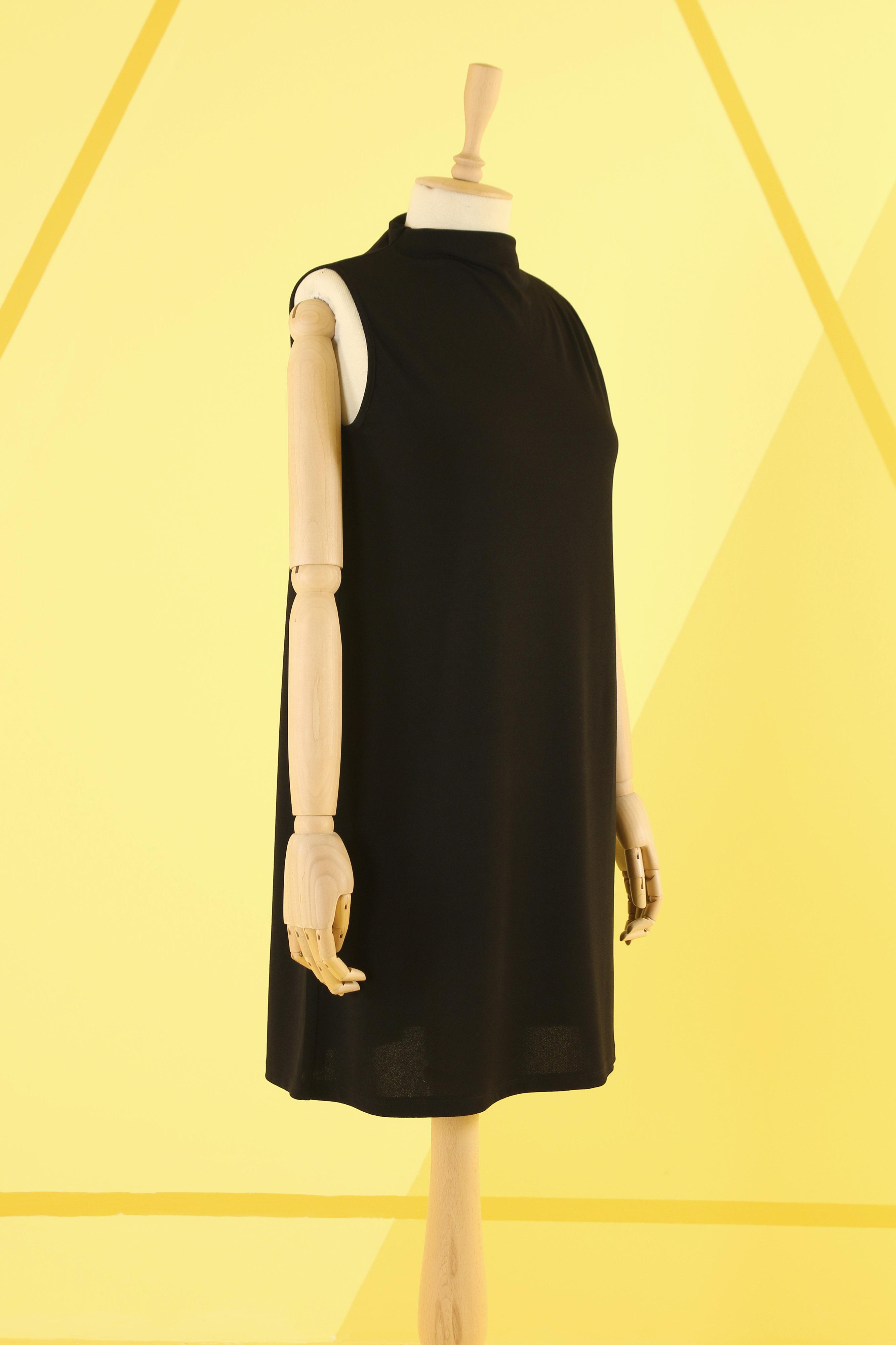 HE-QA - Basic Tunik Siyah Kolsuz