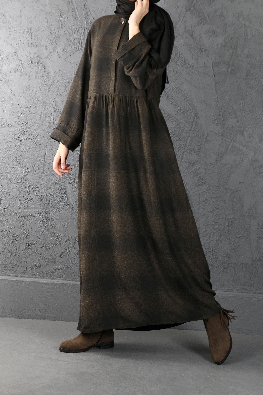 ESRA KESKİN DEMİR - Büzgü Detaylı Kareli Elbise Haki