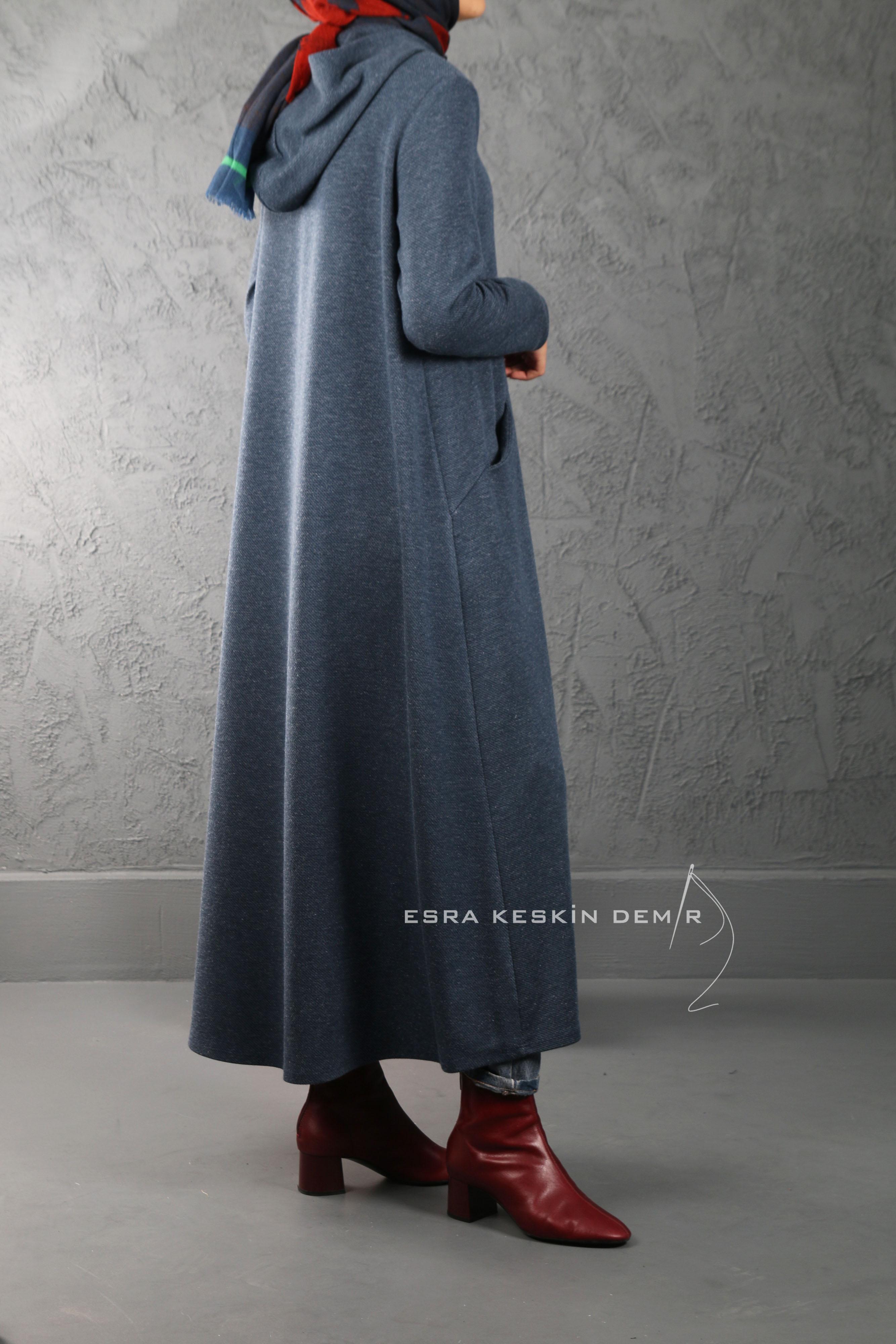 ESRA KESKİN DEMİR - Kapüşonlu Uzun Hırka Mavi